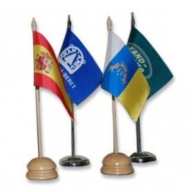 Banderas sobremesa madera